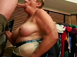 Granny Hot Mammy Mature Sucking Blowjob Cumshot Facials