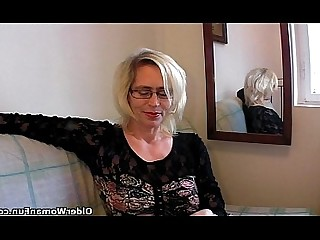 BDSM Cougar Fisting Granny Hairy HD Kitty Mammy