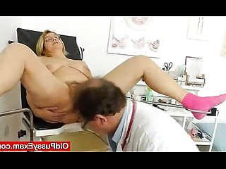Blonde Fingering Mammy Mature MILF Pleasure Pussy Wife